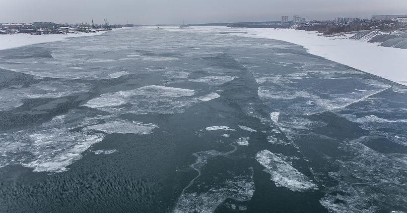 За новосибирцами последят, чтобы они не выходили на лёд