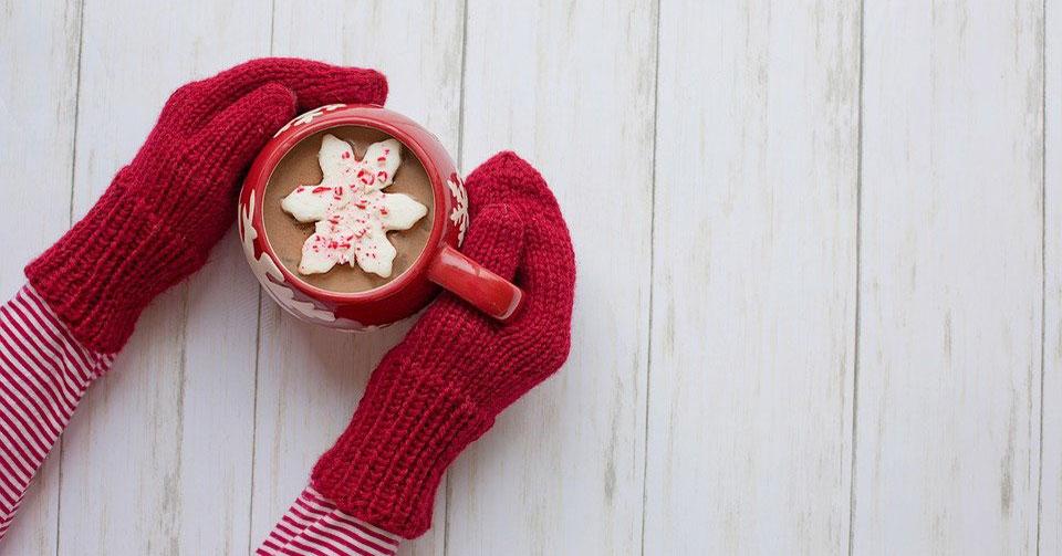Новосибирцев пригласили поучаствовать в акции «Новогодняя варежка + подарок»
