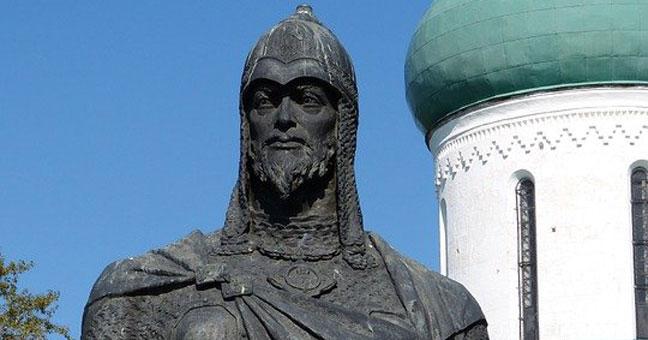 Жителям Новосибирской области предложили назвать великих людей России