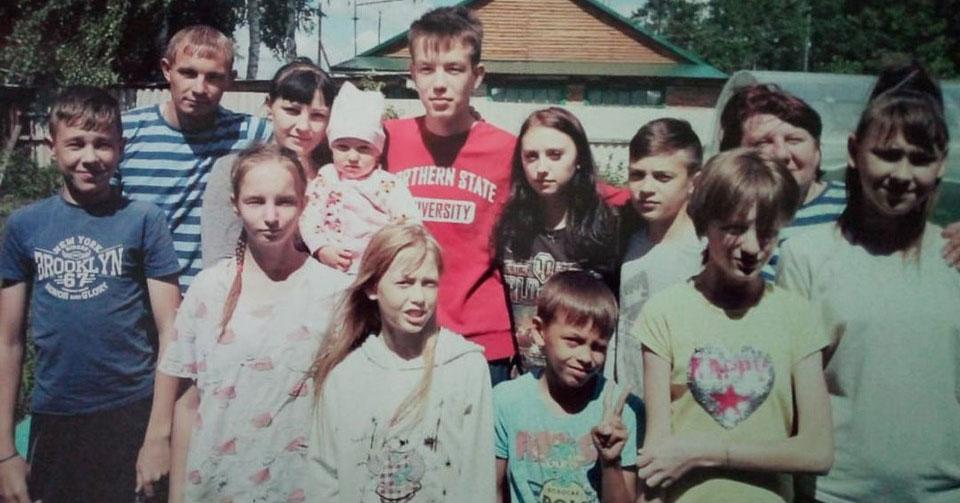 Чудеса под Рождество: жительница Новосибирской области нагадала себе 11 малышей