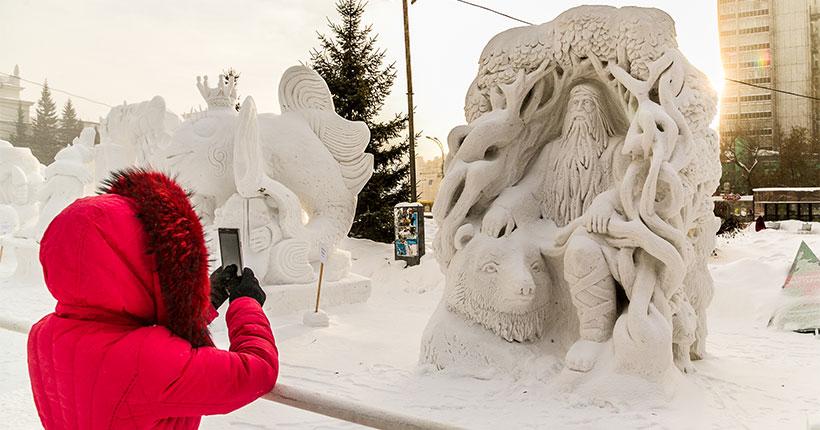 В Новосибирске началась подготовка к XXI Сибирскому фестивалю снежной скульптуры