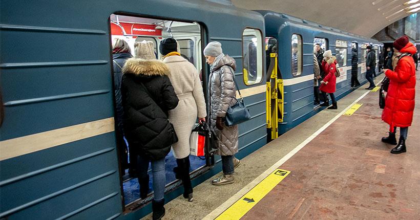 Новосибирский метрополитен запустил поезд-музей к своему 35-летию