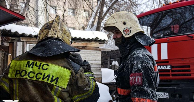 Стали известны подробности страшного пожара с гибелью семьи в Новосибирске