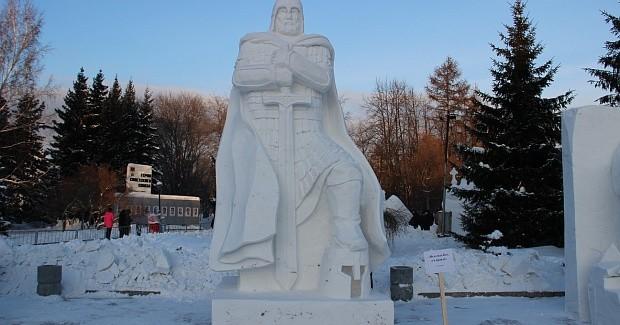 «Не в силе Бог, а в правде»: в Новосибирске выбрали лучшую снежную скульптуру
