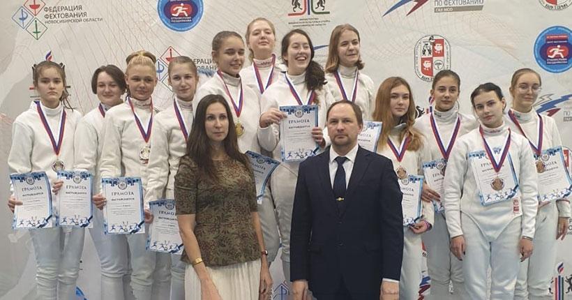 Юные новосибирские шпажисты стали лучшими в Сибири