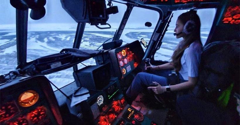 Новосибирская красавица-пилот стала звездой северного неба