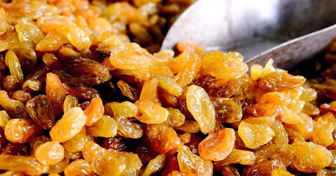 В Новосибирскую область не пропустили 55 тонн сухофруктов, винограда и фасоли