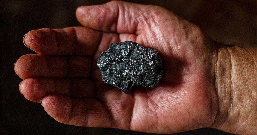 Супруги из Новосибирской области пытались украсть больше полутонны угля