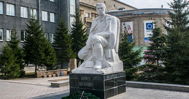 Жителям Новосибирска предложили дать имена скверам, бульварам и аллеям города