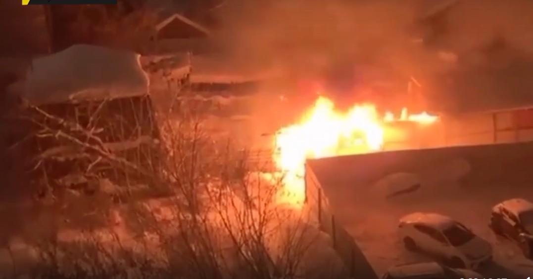 В центре Новосибирска ночью произошёл сильный пожар