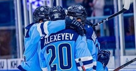 Новосибирская хоккейная «Сибирь» одержала победу над челябинским «Трактором»