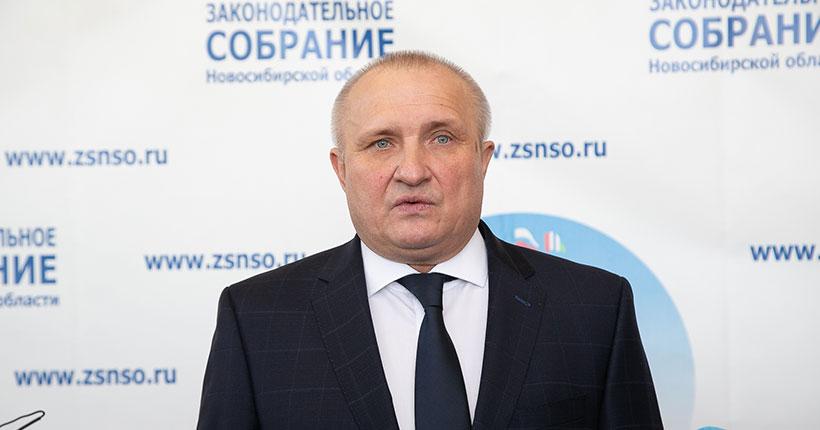 Уполномоченный по защите прав предпринимателей в Новосибирской области  Николай  Мамулат поздравил газету «Ведомости» с 30-летием
