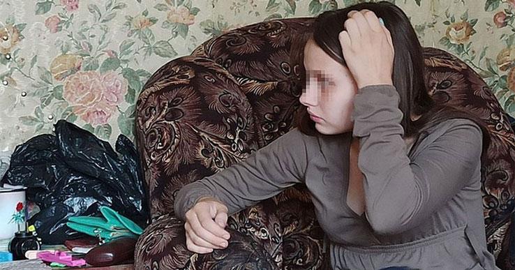 В Новосибирске опека грозится забрать ребёнка у четырнадцатилетней школьницы