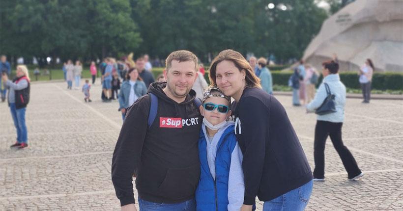 Пете Филатову из Новосибирской области нужна помощь в оплате билетов к месту лечения