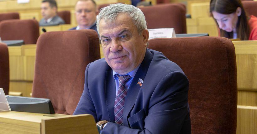 Депутат заксобрания Михаил Федорук переизбран ректором НГУ