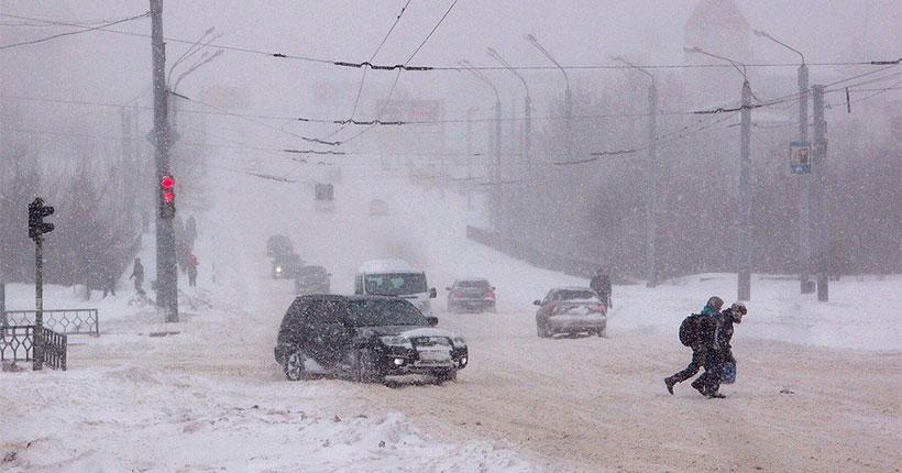 Жителей Новосибирской области экстренно предупредили о внезапной смене погоды