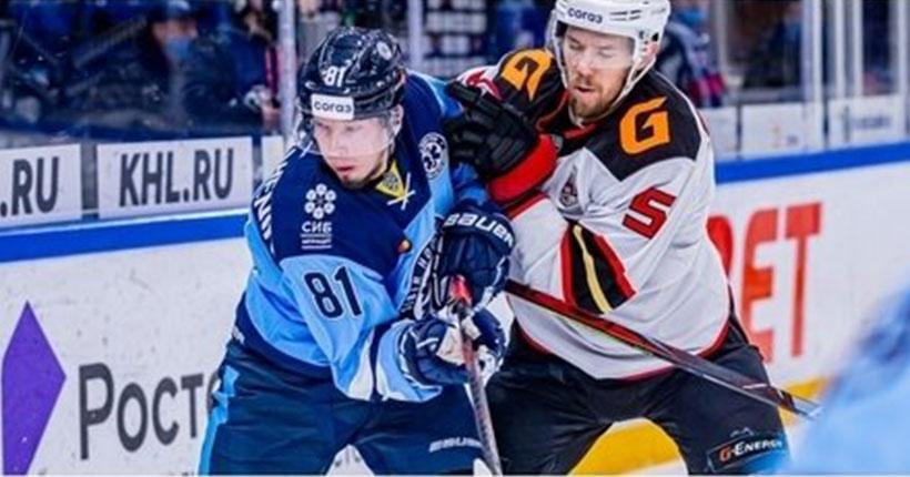 Новосибирская «Сибирь» в заключительном домашнем матче не справилась с омским «Авангардом»