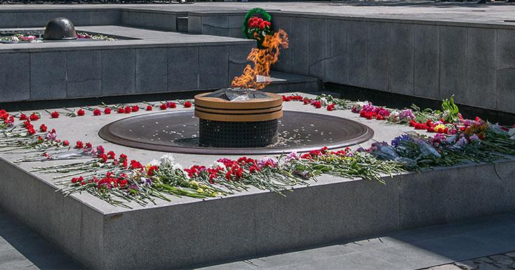 В Новосибирске родственникам героя, погибшего в Финском заливе, вручат капсулу с грунтом со дна Балтики