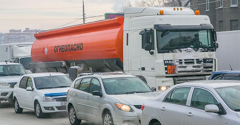 В Новосибирской области вводятся ограничения движения большегрузных транспортных средств