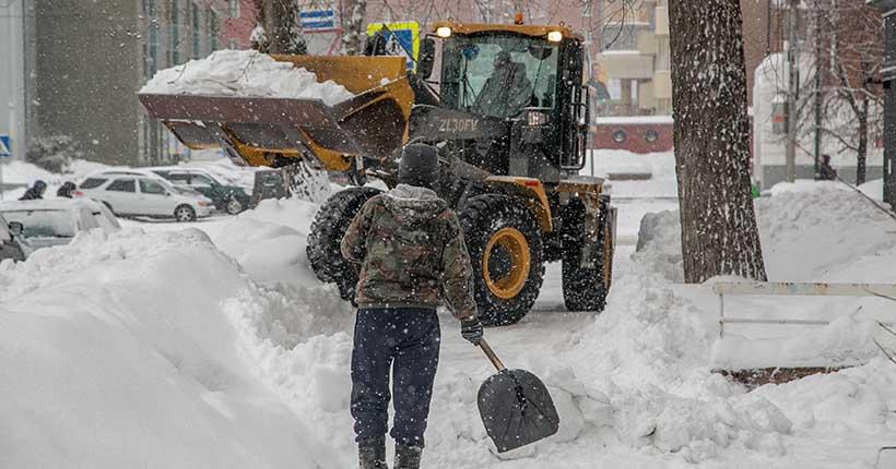 Ответил Варламову: мэр прокомментировал видео блогера, раскритиковавшего уборку снега в Новосибирске