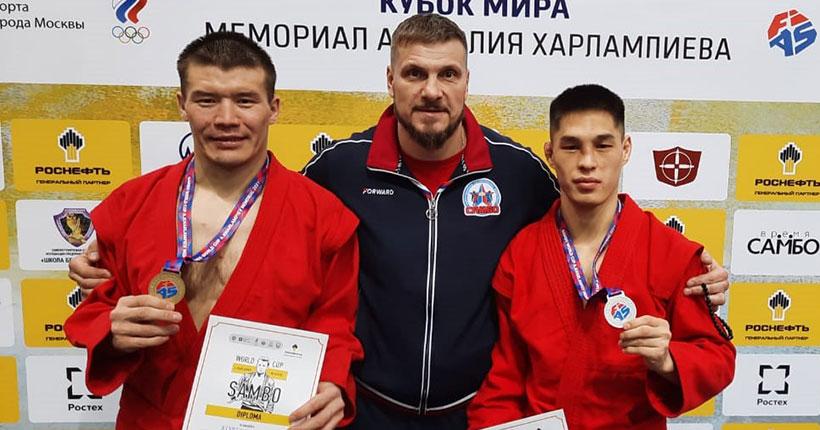 Боевые самбисты из Новосибирска — на пьедестале Кубка мира