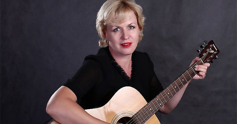 В Новосибирске в формате музыкальной гостиной пройдёт встреча с авторами-исполнителями известных песен