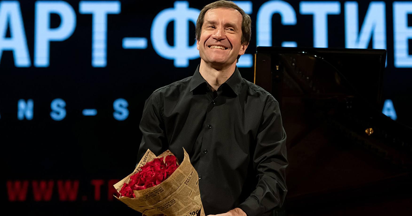 Сольный концерт всемирно известного пианиста Николая Луганского произвёл фурор на Транссибирском арт-фестивале в Новосибирске