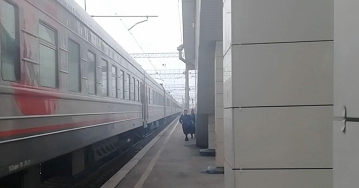 За продажу поддельной водки на вокзале жительнице Новосибирской области грозит год исправительных работ
