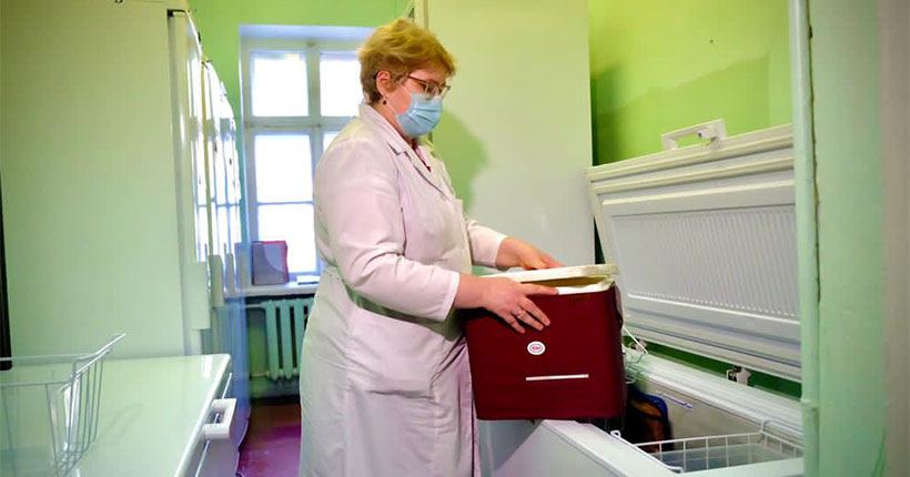 Кто в Новосибирской области может претендовать на вакцинацию от коронавируса на дому