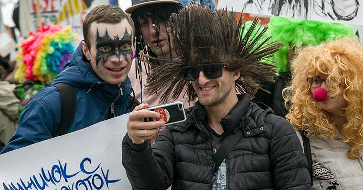 Массовые первомайские шествия отменяются в Новосибирской области