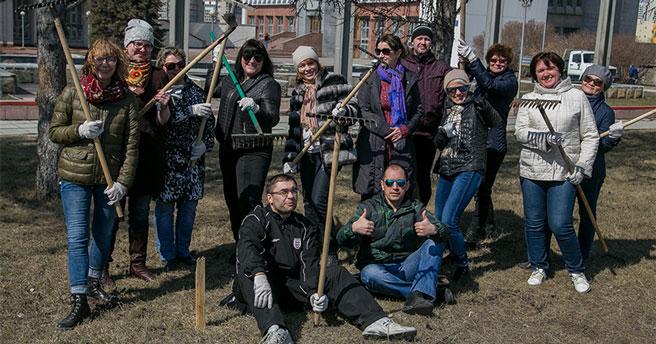 Губернатор Новосибирской области потребовал навести порядок на улицах до субботника
