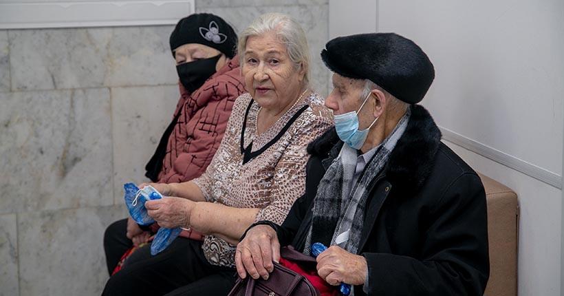 150 случаев заражения COVID-19 зарегистрировали за минувшие выходные в Новосибирской области