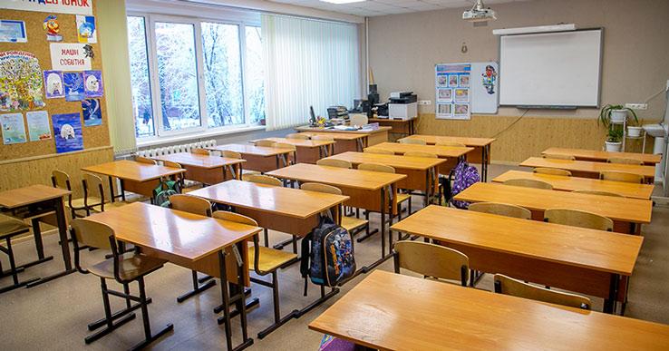 Учебный год могут продлить в Новосибирской области