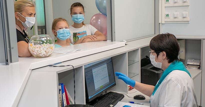 Стало известно, как будут работать новосибирские поликлиники в майские праздники