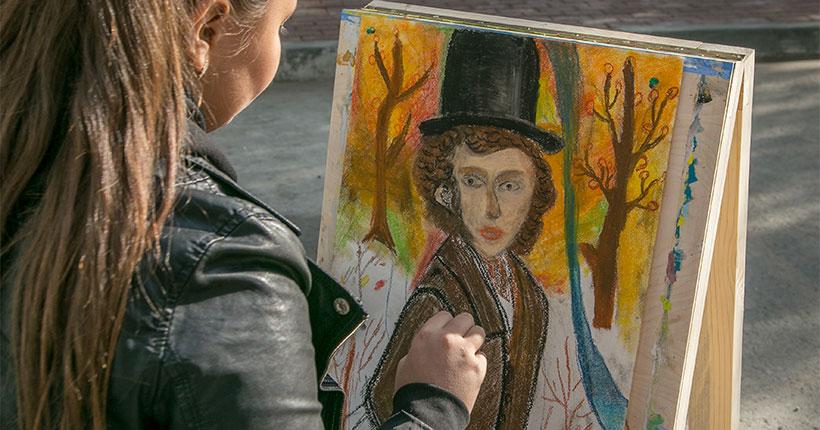 Новосибирцы смогут лично поздравить Александра Сергеевича Пушкина с днём рождения