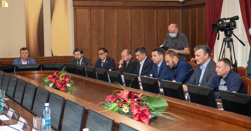270 млрд рублей потребуется на исполнение всех наказов избирателей депутатам новосибирского заксобрания
