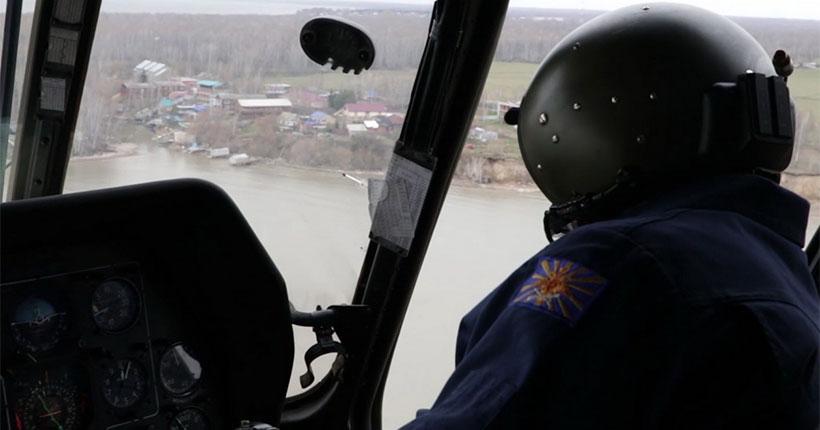 Военные лётчики отработали в небе над Новосибирской областью действия при тушении лесных пожаров с воздуха