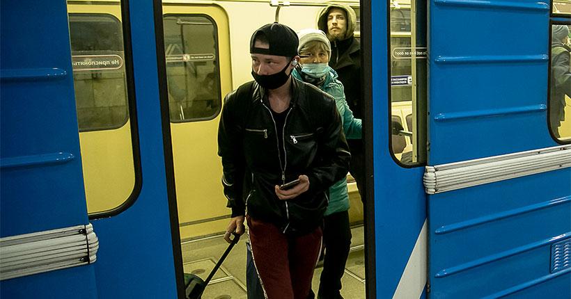 Масочных диссидентов будут выявлять в Новосибирском метрополитене