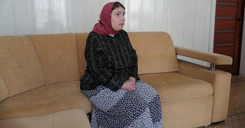 Жительница Новосибирской области ищет дочь, которую оставила в роддоме 20 лет назад из-за чёрной метки