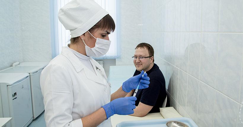 Новая партия вакцины «ЭпиВакКорона» против коронавируса поступила в Новосибирскую область