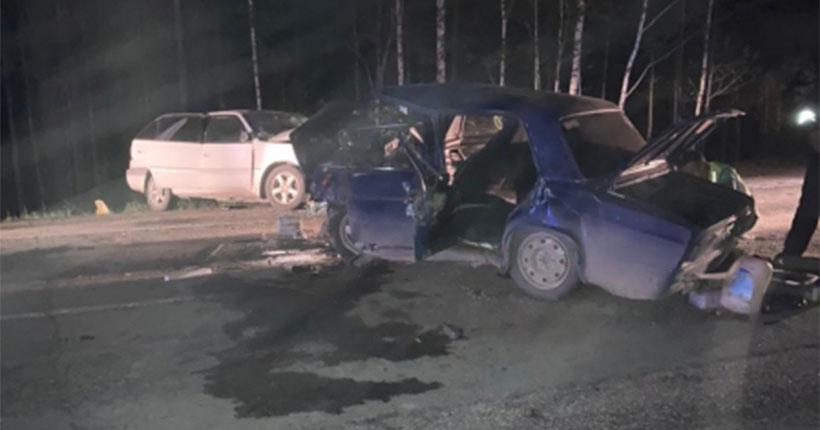 В аварии под Новосибирском один человек погиб и шестеро пострадали