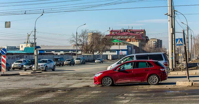 «Состояние аховое»: мэр рассказал, когда отремонтируют улицу Ватутина в Новосибирске