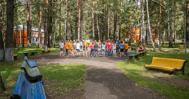Карты, сигареты и алкоголь запретили брать в лагеря новосибирским детям