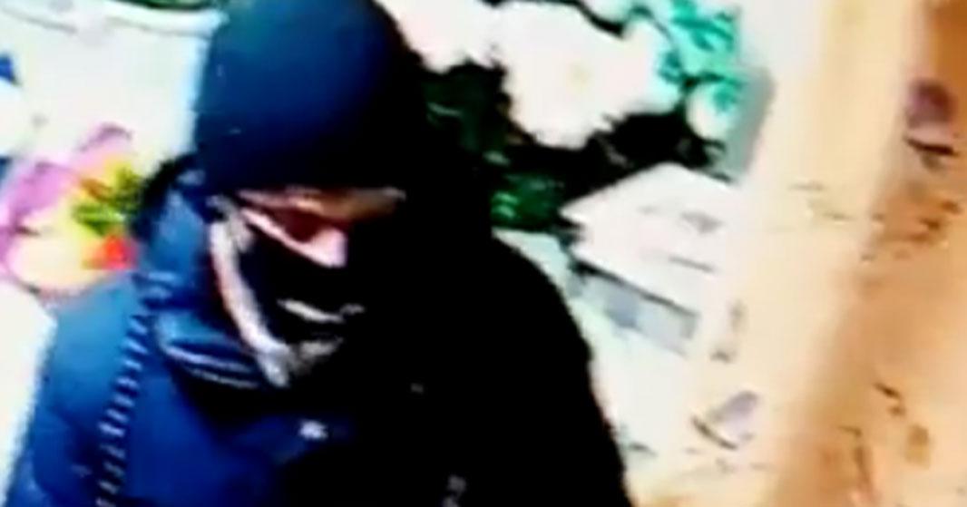 Новосибирская полиция разыскивает серийного разбойника с ножом