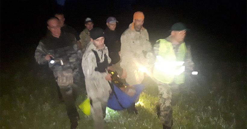 Более ста человек в течение суток искали заблудившихся грибников в Новосибирской области