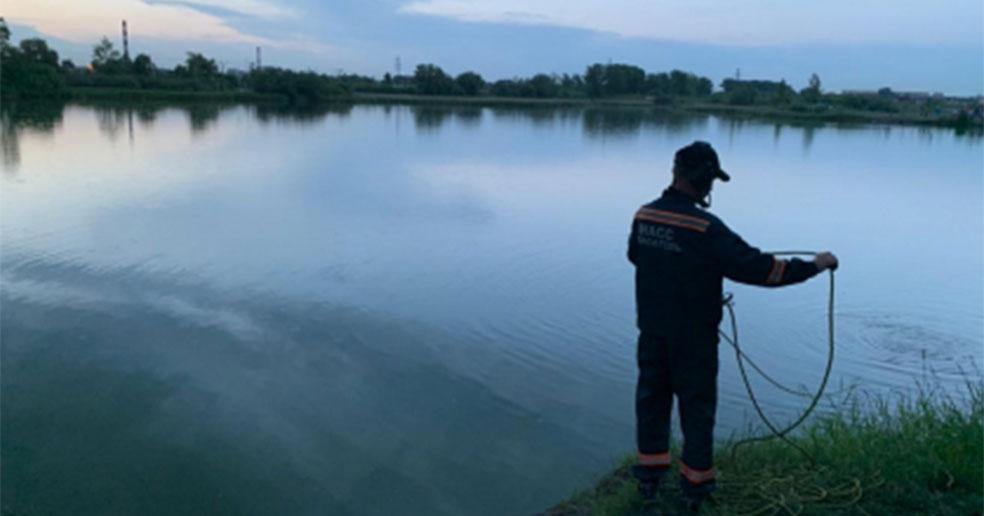 Тело пропавшего накануне в Новосибирске подростка обнаружили в озере