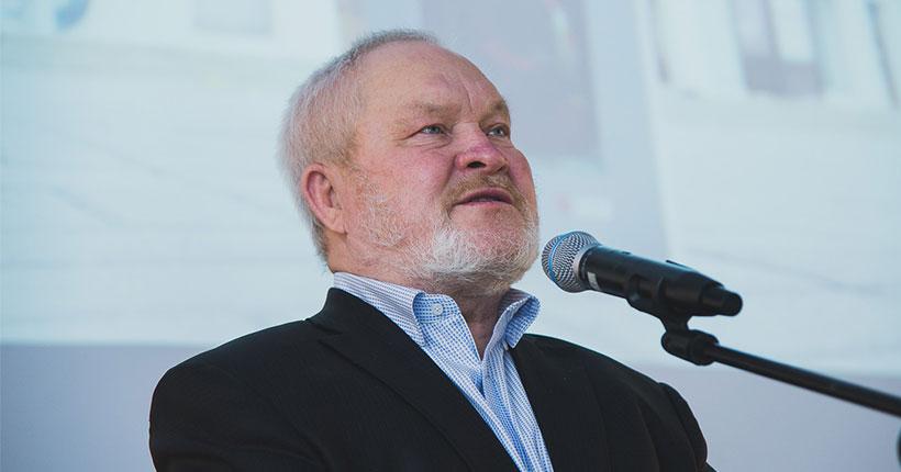 Новосибирский писатель стал лауреатом Шукшинской литературной премии