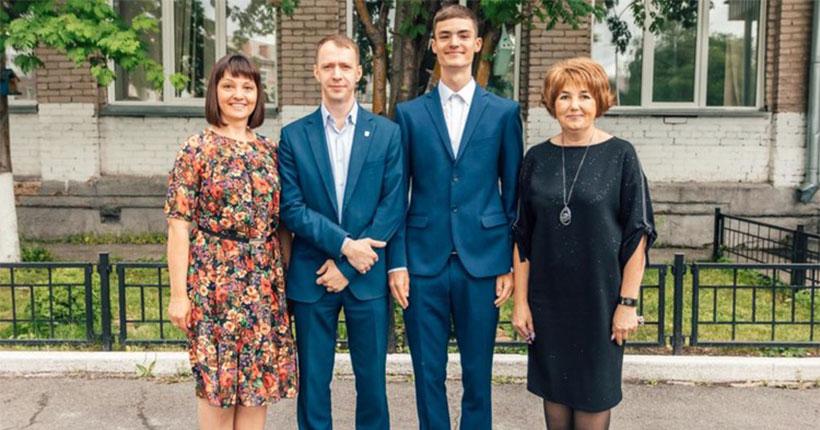 Новосибирские стобалльники назвали главные секреты успеха при сдаче ЕГЭ