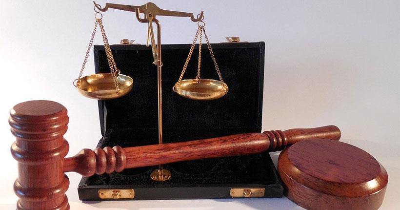 В Новосибирской области глава сельсовета выписала себе крупную премию и пошла под суд