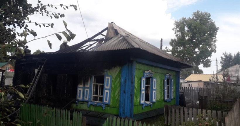 Под Новосибирском семья лишилась жилья из-за детской шалости с огнём